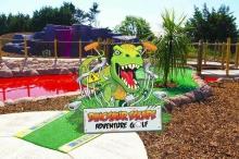 Dinosaur Escape Adventure Golf