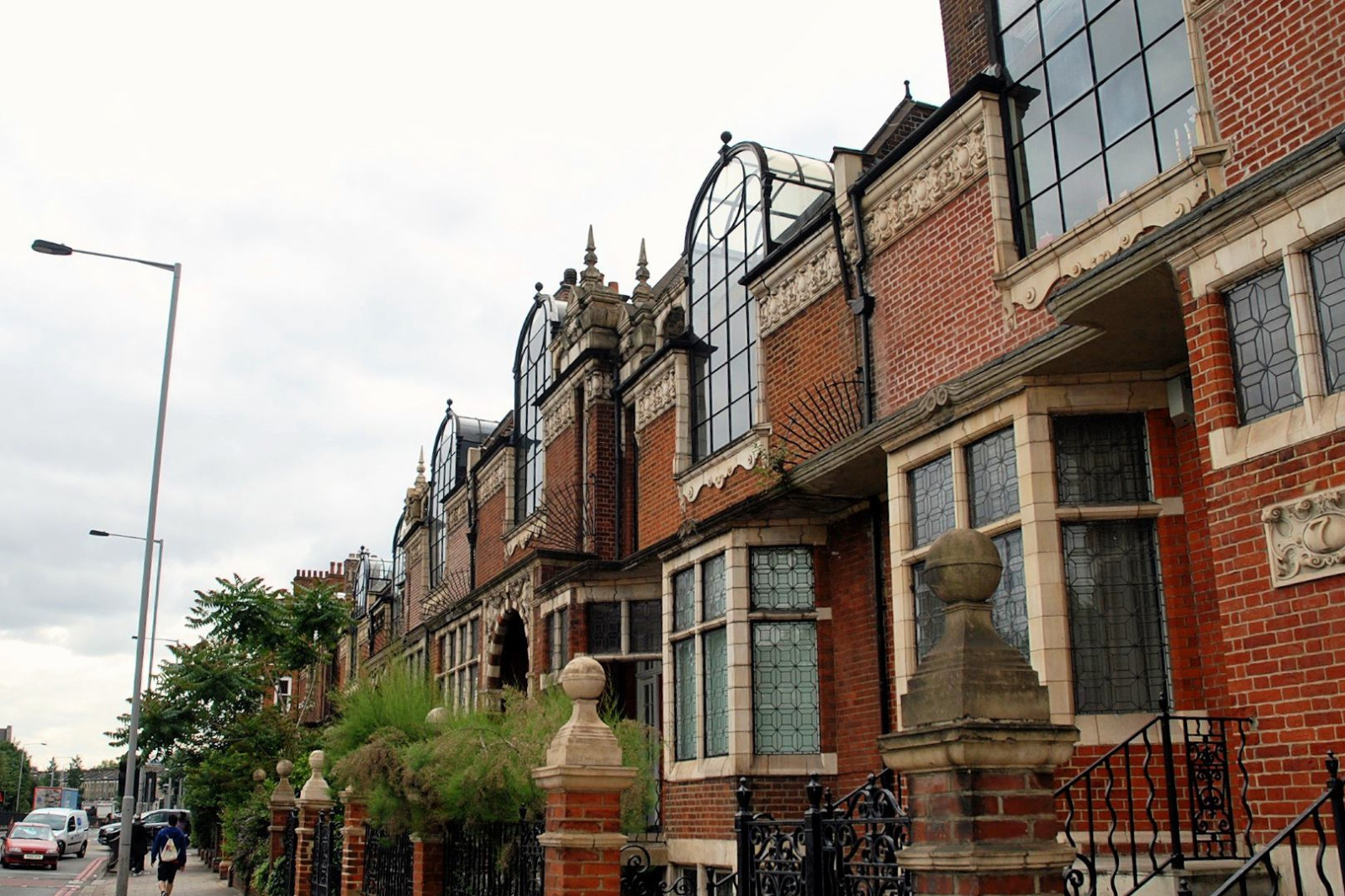 West Kensington Area Guide - What makes West Kensington so