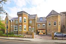 Manor House Court, Hanwell