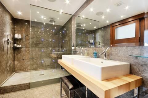 En Suite Shower Room in SW10