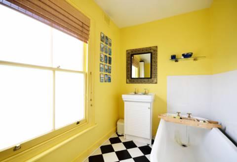 Bathroom in SE24