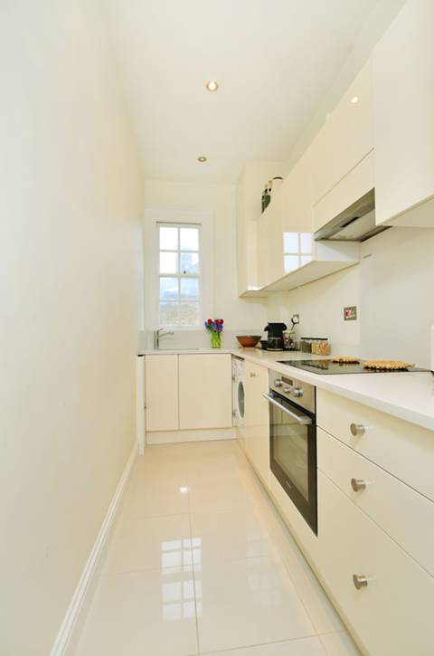 Kitchen in SW2