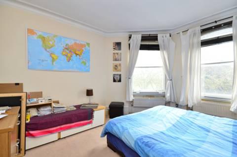 <b>Second Bedroom</b><span class='dims'> 14' x 11'3 (4.27 x 3.43m)</span>