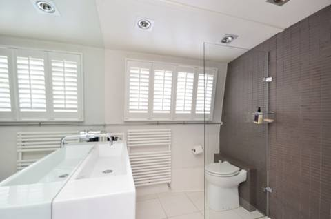 Shower Room in NW1