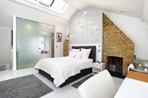 Master Bedroom in E1