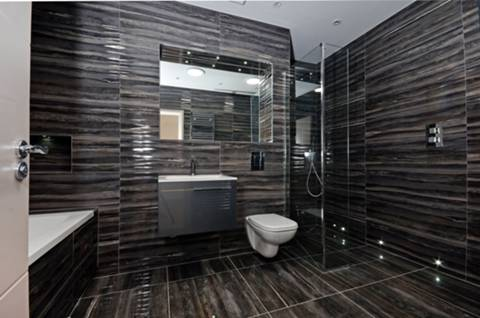 En Suite Bathroom in W10