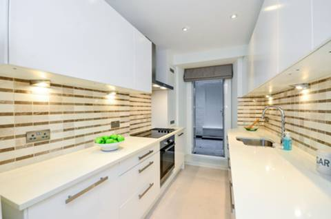 Kitchen in SW1X