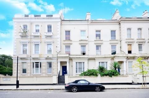 Ladbroke Grove & Elgin Cres, London W11 2HB, UK - Source: Foxtons