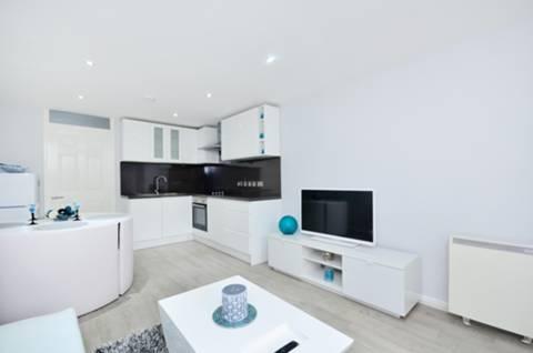 Dorchester House, 228 Westbourne Park Rd, London W11 1EP, UK - Source: Foxtons