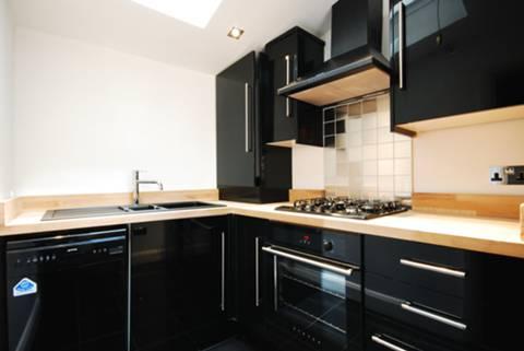 Kitchen in SW14