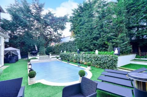 Garden in NW3
