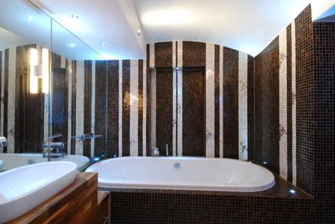 En Suite Bathroom in SW7