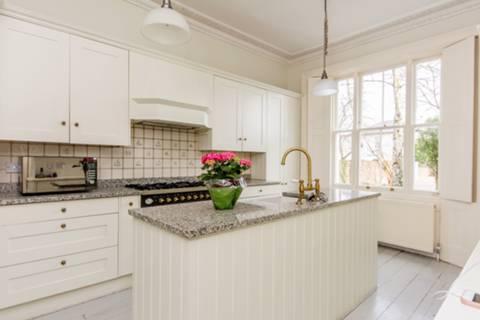 Kitchen in TW2