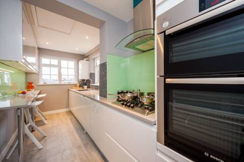 Kitchen/Breakfast Room in NW8