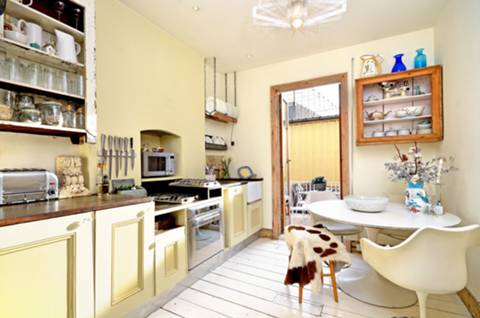 Kitchen in SW11