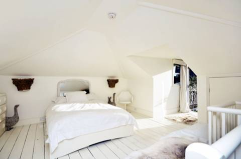 Master Bedroom in SW11