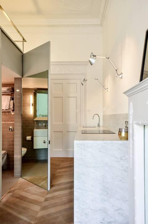 Shower Room in W2