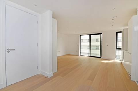 <b>Studio Room</b><span class='dims'></span>