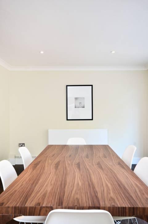 <b>Second Reception Room</b><span class='dims'></span>