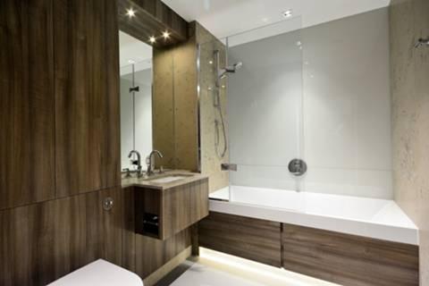 Bathroom in TW8