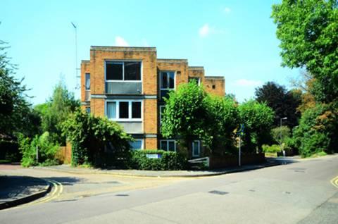 Gipsy Ln, London SW15, UK - Source: Foxtons