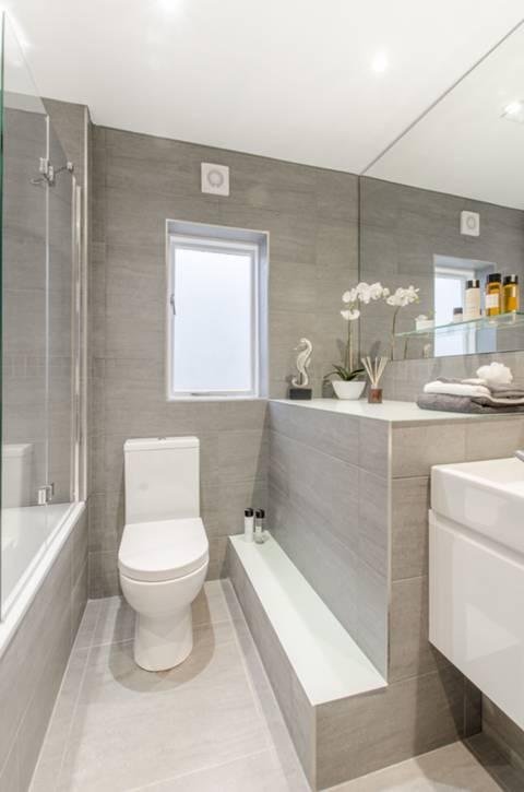Bathroom in W11