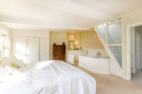 Master Bedroom in NW3