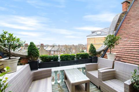 Roof Terrace in SW8