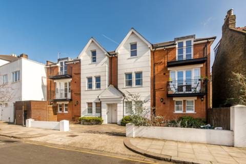 House for sale in Acton with Foxtons