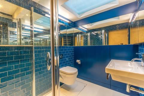 Shower Room in W1T