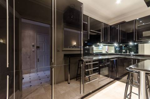 Kitchen in SW1X