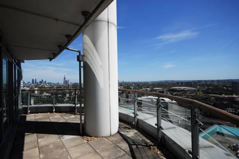 <b>First Balcony</b><span class='dims'></span>