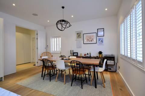 <b>Kitchen/Dining Room</b><span class='dims'> 21'8 x 15'4 (6.60 x 4.67m)</span>