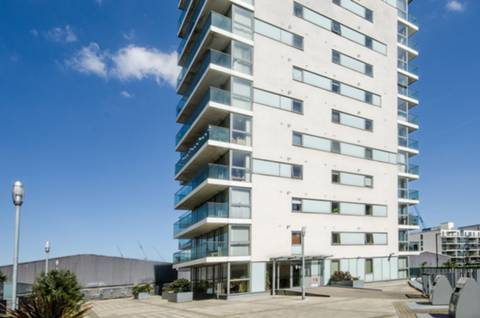House for sale in Abbotts Wharf with Foxtons