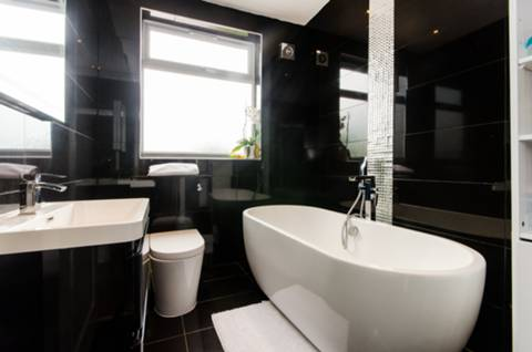 Bathroom in SW16