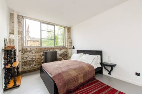 Second Bedroom in E1