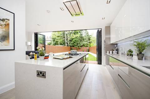 Kitchen in NW4