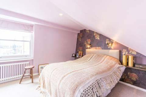 Bedroom in WC1X