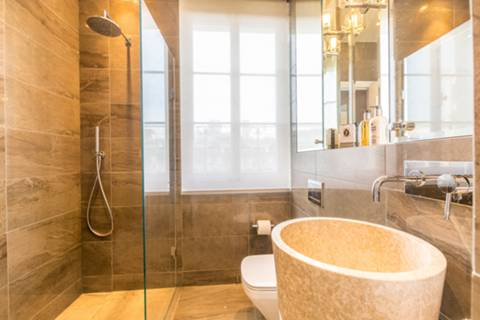 Shower Room in SW1A