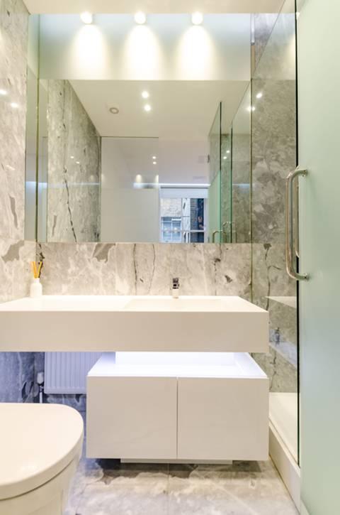 En Suite Shower Room in SW7