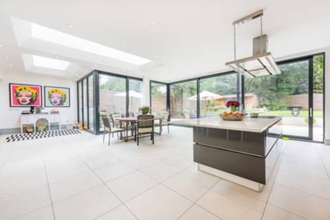 Kitchen/Dining Room in W5