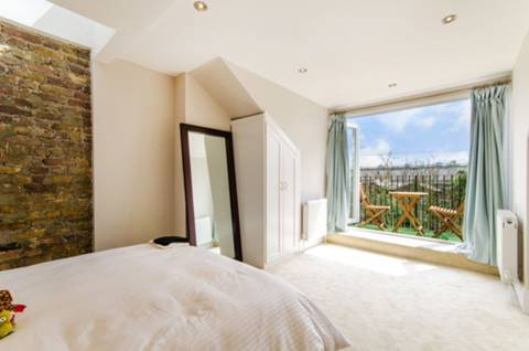 Master Bedroom in NW6
