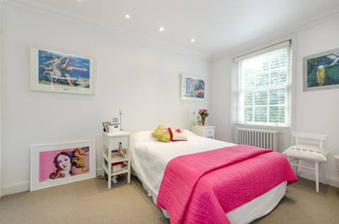 Second Bedroom in SW1V