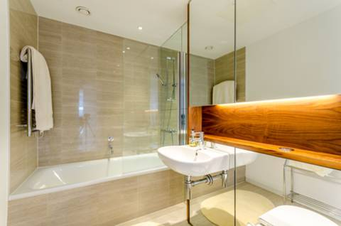 Bathroom in SW18