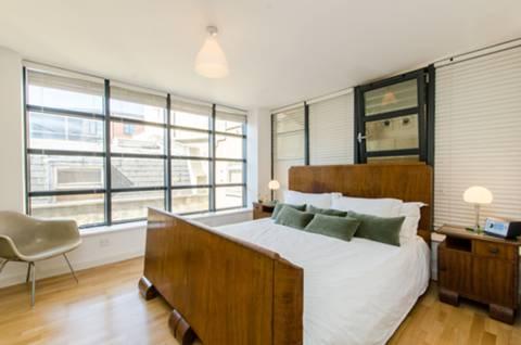 Master Bedroom in EC2A