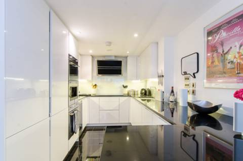 Kitchen in SW9