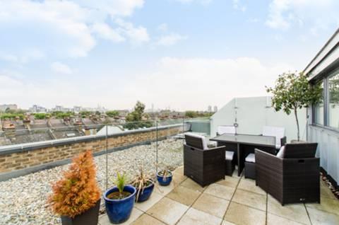 Roof Terrace in SW11