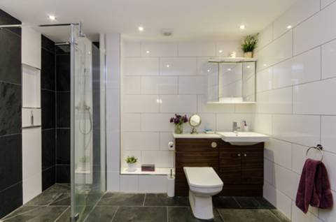 Shower Room in SW6