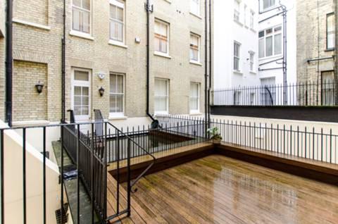 <b>Terrace (Ground )</b><span class='dims'></span>