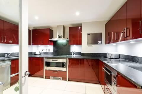 Kitchen in SW8